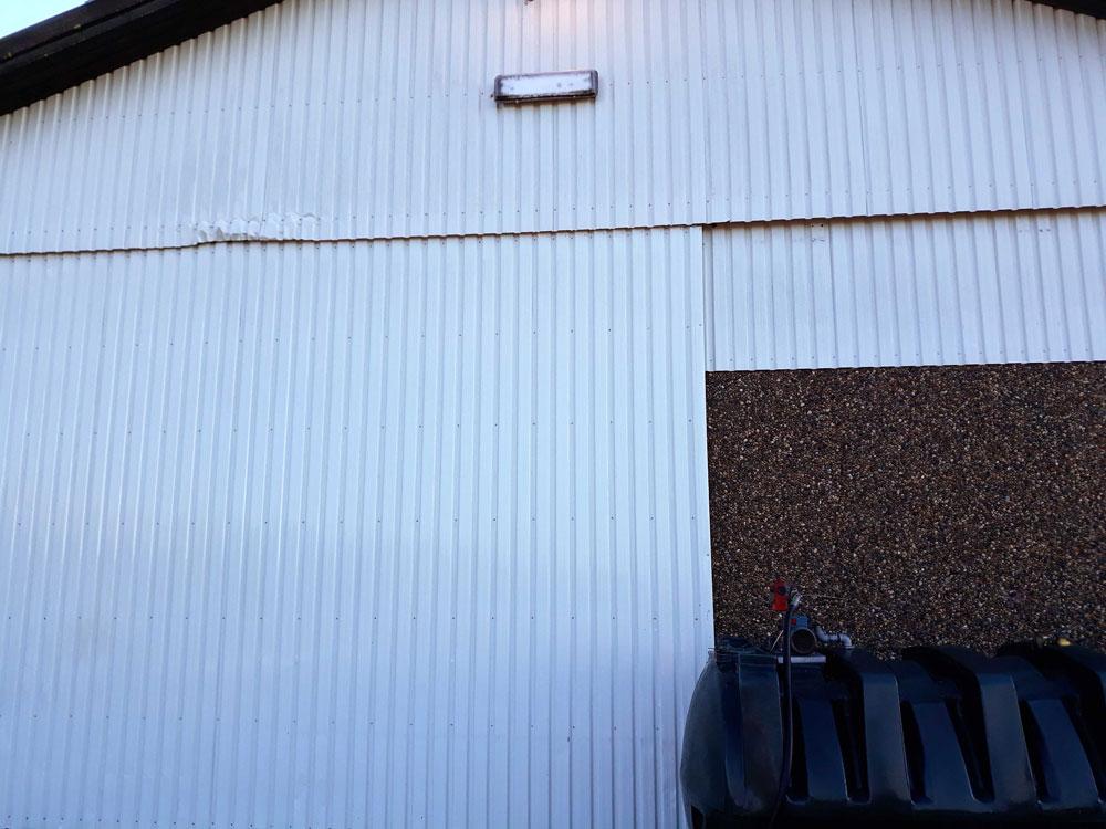 Staldrengøring af udvendig facade - efter billede